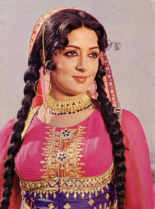 golaya-foto-indiyskiy-aktrisa-hema-malini
