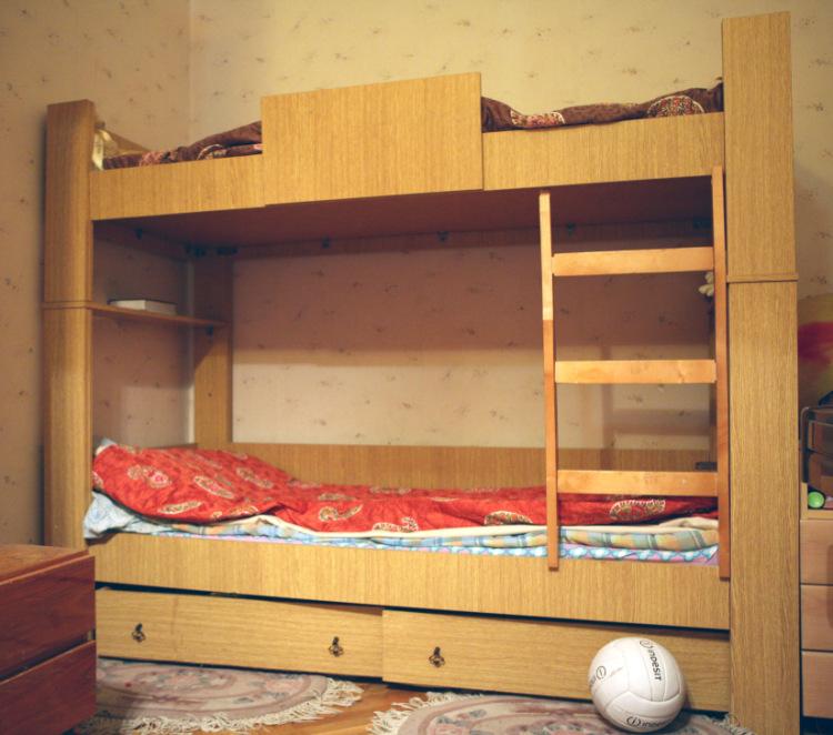 Самодельная двухъярусная кровать своими руками
